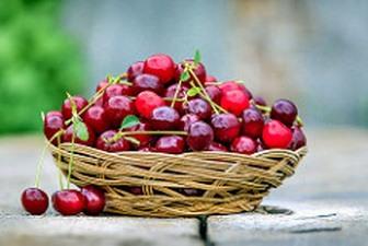 Cherries sugar alcohol fruit