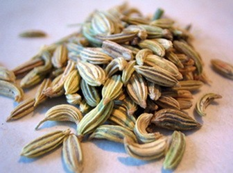 Tea from fennel seeds